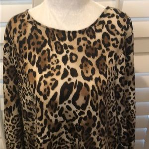 CHICOS LEOPARD TUNIC WITH SIDE PICKETS SZ 2 (MED)